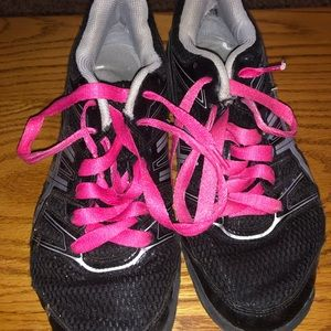 Shoes - Volleyball shoes